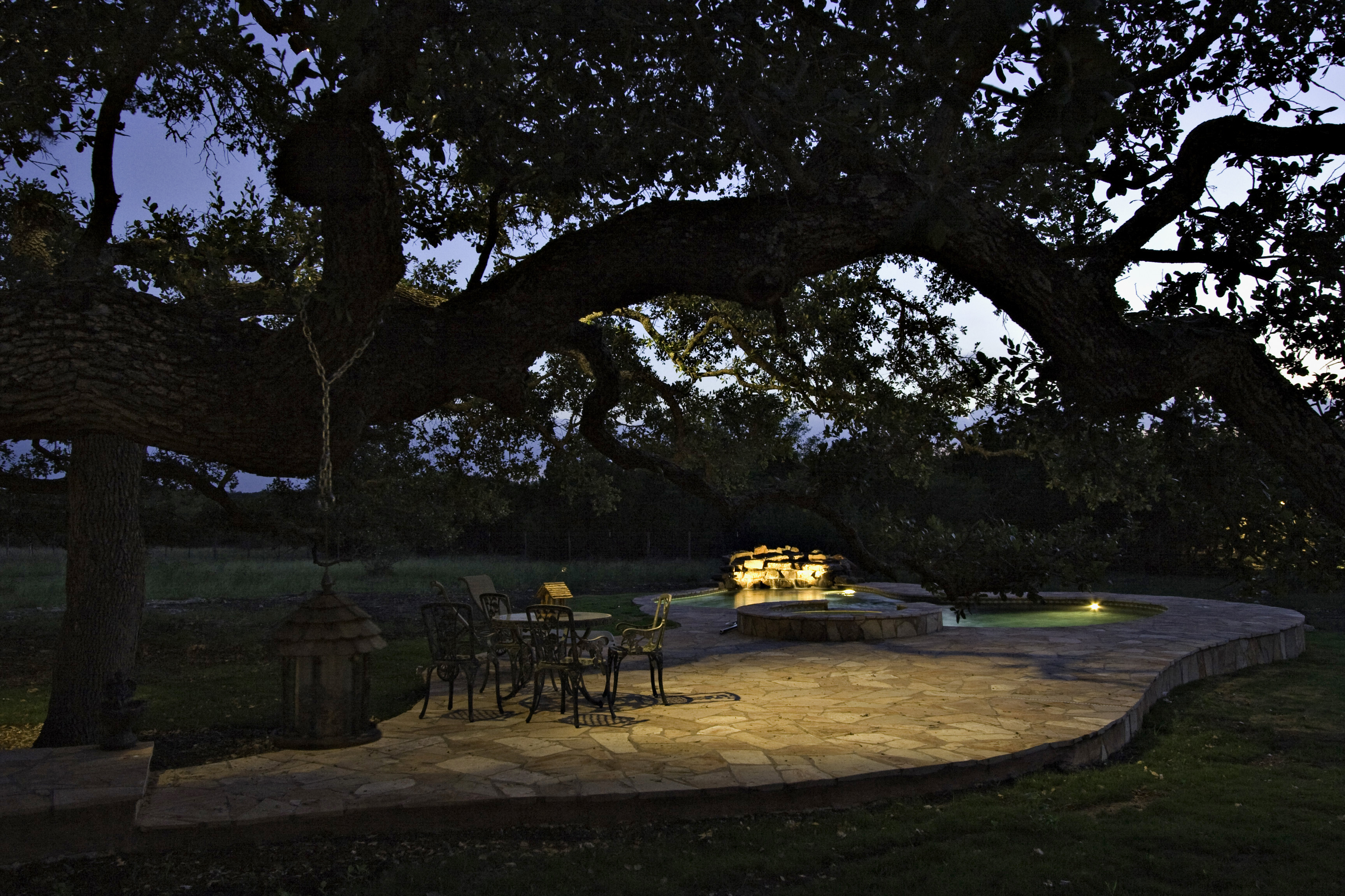 Outdoor Lighting creates a relaxing setting and lets you enjoy more time outdoors